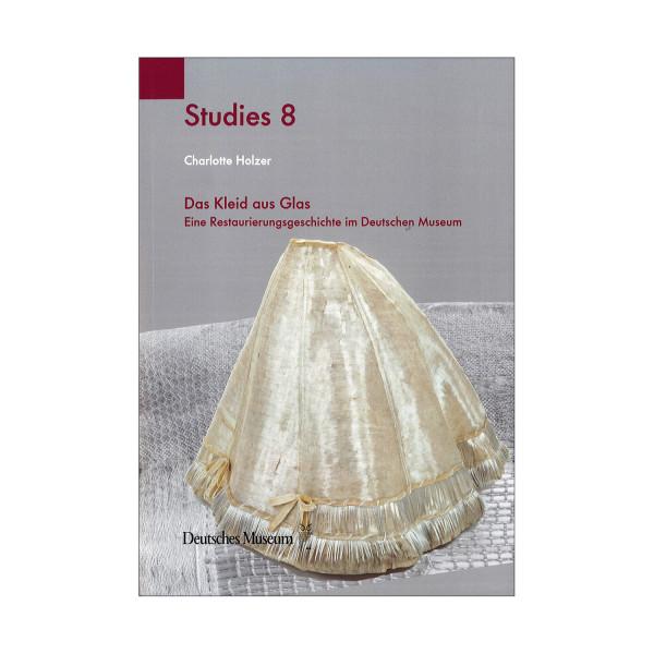Studies 8: Das Kleid aus Glas