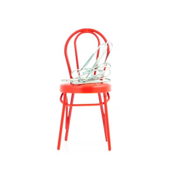 Magnet Chair
